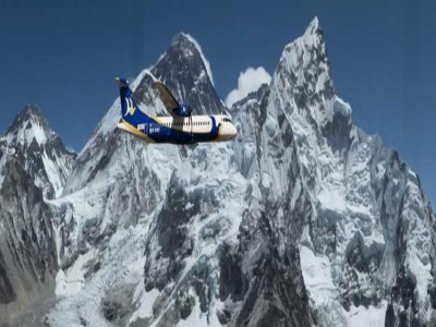 everest flight jungle safari and pokhara tour9