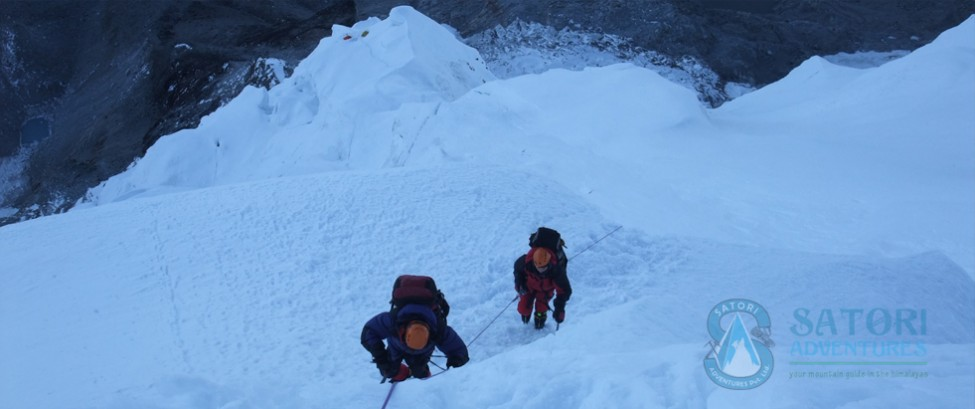 Climbing from camp one to camp two at Pumori
