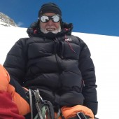 excellent expedition operators in nepal60