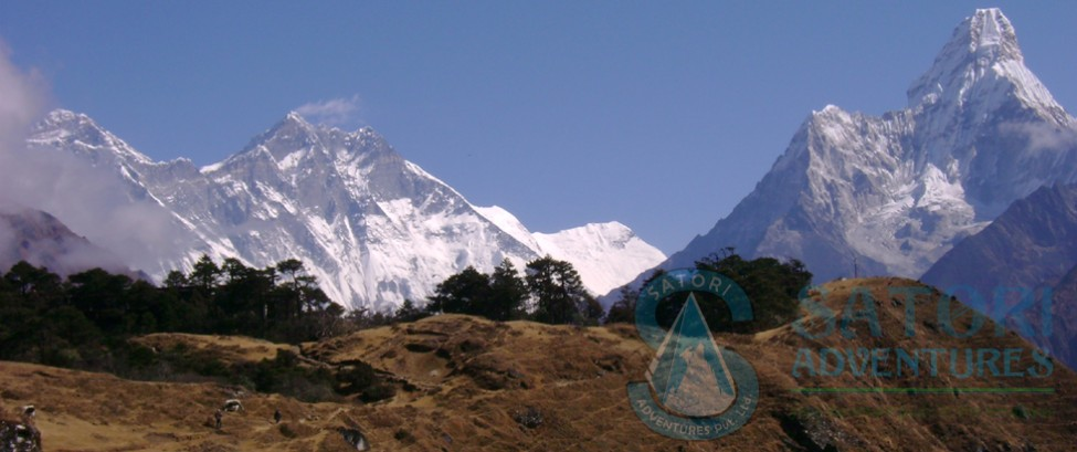 Panoramic view from Everest view lodge at Syangbotche